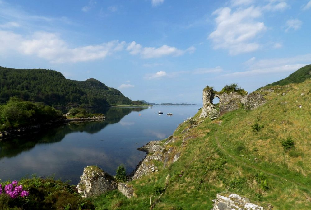 Strome Castle a Savage Past from 1472