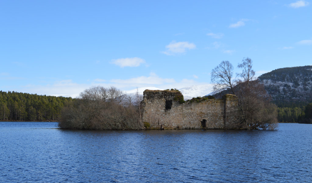 Loch an Eilein Castle in early March