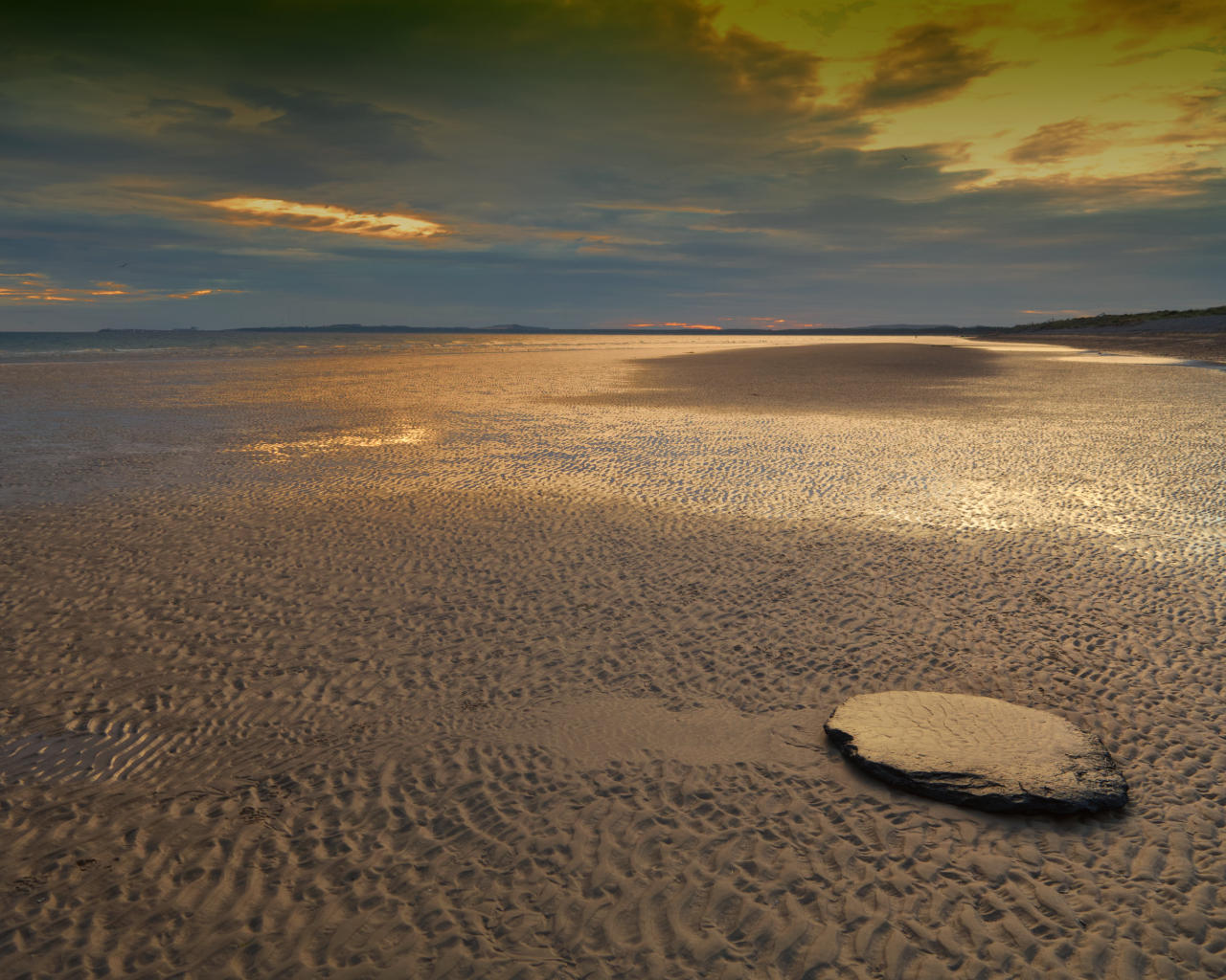 Findhorn Beach Sunrise when tide is out